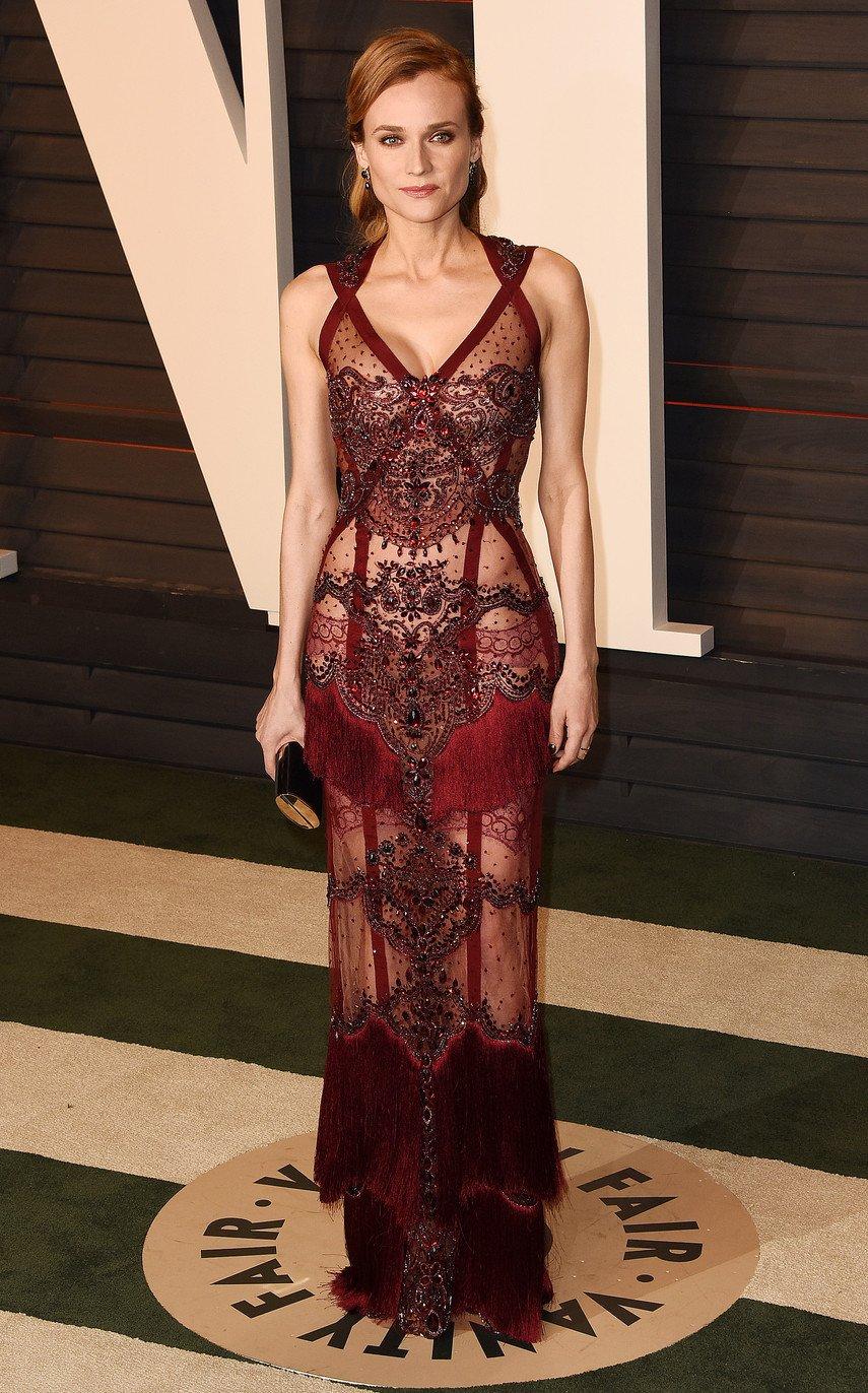 1. Дайан Крюгер в прозрачном платье на вечеринке Vanity Fair
