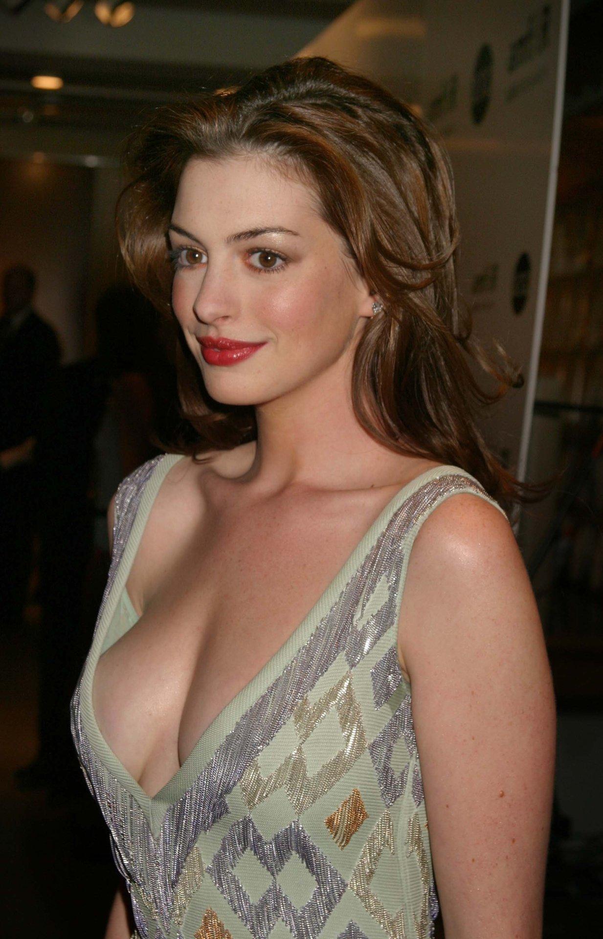 Actress nipples slip