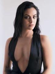 Голая Камила Мендес