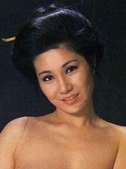 Голая Наоми Тани