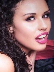 Голая Ванесса Таварес