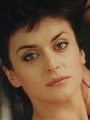 Нела Лучич