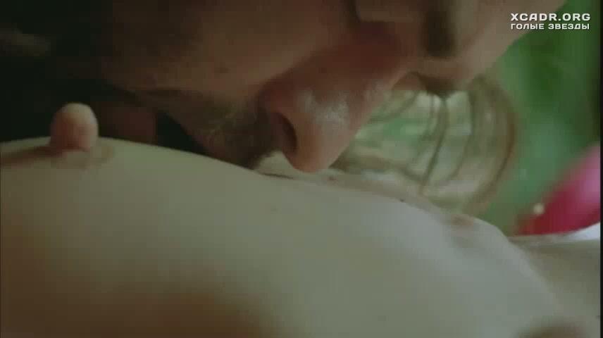Смотреть онлайн жаркая секс сцена с милой йовович фото 526-368