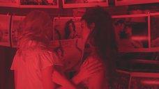 1. Лесбийский поцелуй Скарлетт Йоханссон и Пенелопы Круз – Вики Кристина Барселона
