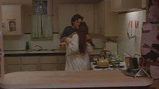 6. Секс сцена на кухне с Дрю Бэрримор – Доппельгангер