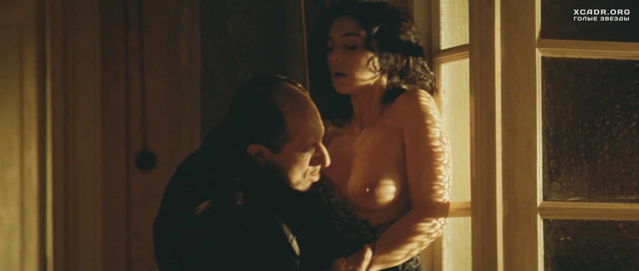 смотреть эротическую сцену с моникой беллучи
