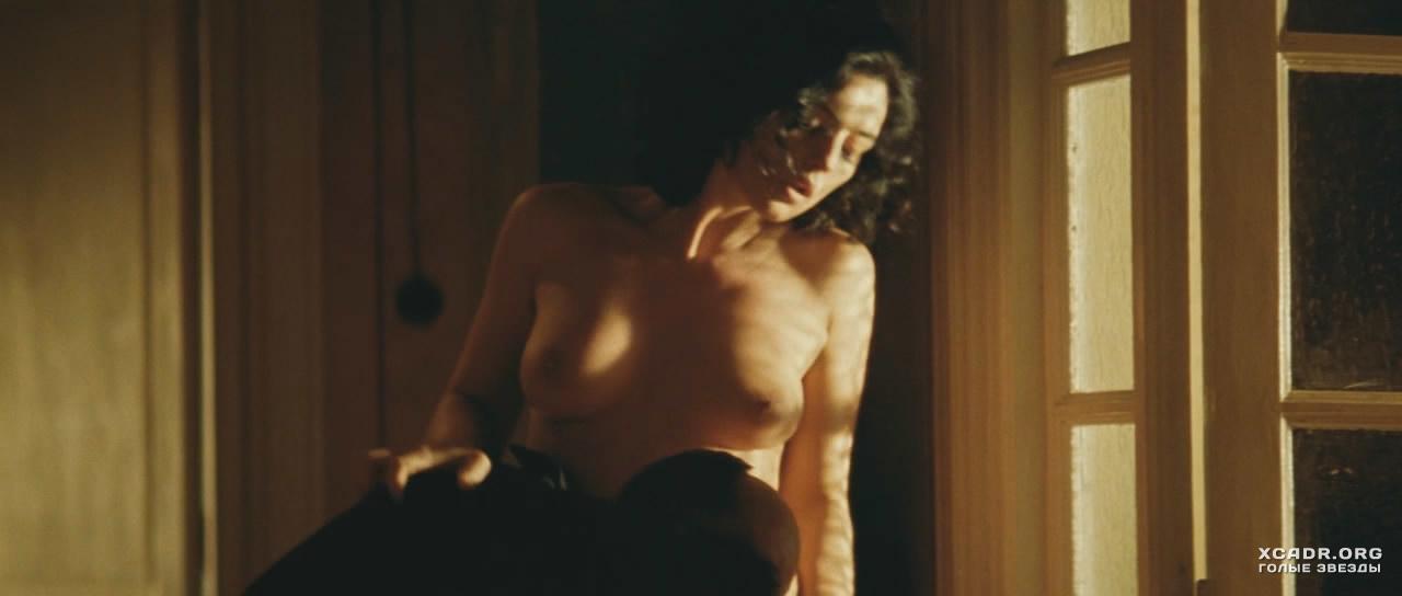 Эротические сцены из фильма малена онлайн фото 650-557