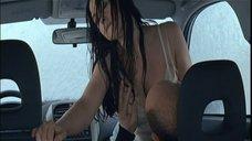 2. Секс в автомобиле с Моникой Беллуччи – Сколько ты стоишь?