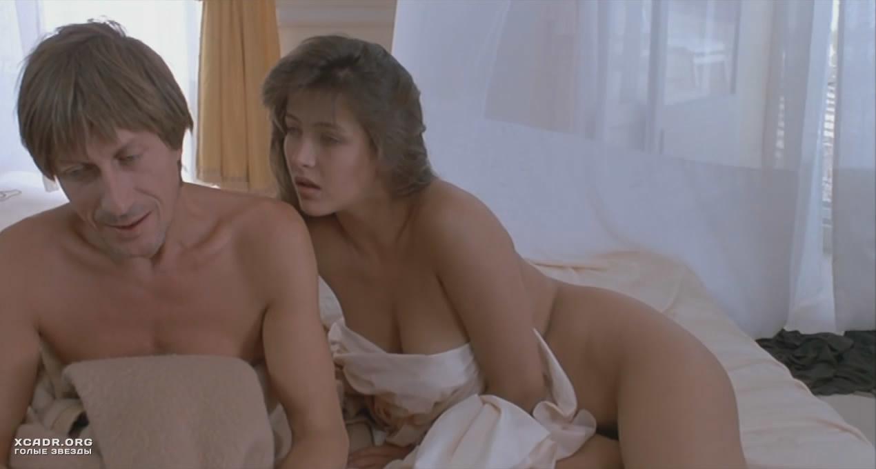 секс видео в постели ночью