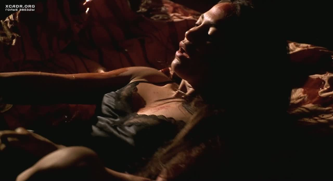 jennifer-lopez-topless-in-movie-film