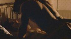 3. Секс сцена с Сальмой Хайек – Спроси у пыли