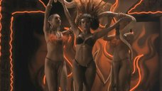 5. Опасный и эротичный танец Сальмы Хайек – От заката до рассвета