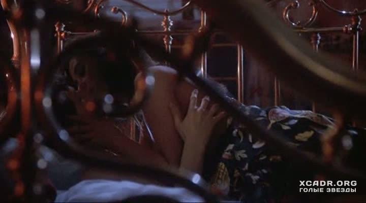 Кристал саммерс в лесбийской сцене с наоми банкс так