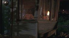 3. Страстная секс сцена с Сарой Джессикой Паркер – На расстоянии удара