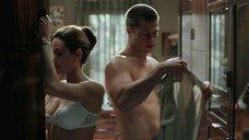 2. Анджелина Джоли в белье – Мистер и миссис Смит