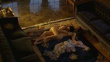 Секс на полу с Джоэнной Гоуинг