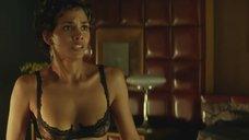 4. Сексуальная и опасная Холли Берри – Пароль «Рыба-меч»