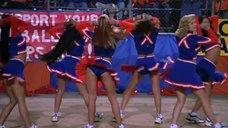Танец Джейми Прессли в группе поддержки