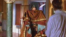 2. Под платьем Виктории Абриль – Византийская принцесса