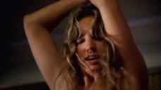 3. Секс со связанной Келли Брук – Секс ради выживания