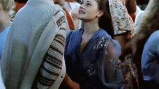 1. С Анны Назарьевой срывают платье – Танцплощадка