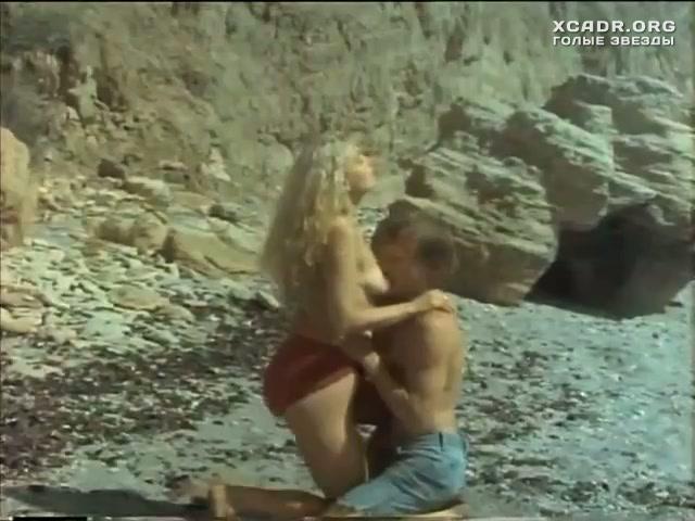 golaya-aleksandra-skachkova