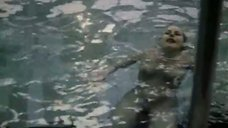 6. Елена Кондулайнен плавает в бассейне – Сто дней до приказа