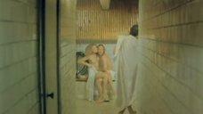 Елена Кондулайнен в бане