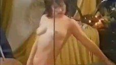 4. Ирина Шмелева лишает парня девственности – Учительница первая моя, или Мальчишник по-русски