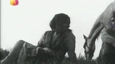 7. Лариса Лужина купается голой – Любовь Серафима Фролова