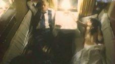 Обнаженная Лариса Шахворостова в поезде