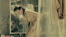 6. Марина Майко принимает душ – Депрессия