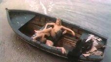 3. Обнаженная Марина Майко в лодке – Закат