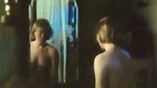 3. Марина Яковлева переодевается перед зеркалом – Далекий голос кукушки