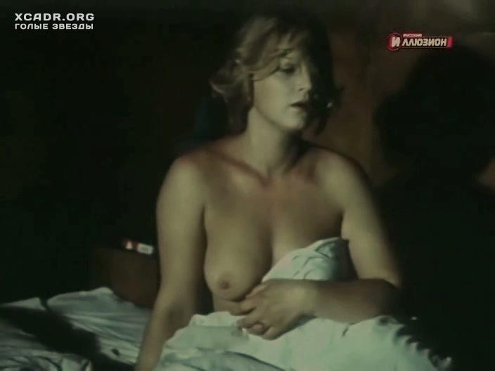 porno-v-chulkah-s-sisyami