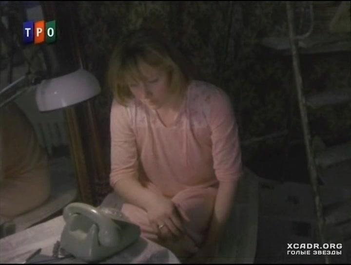 golaya-tamara-soset-u-dvornika-video-smotret-shef-anal-na-stole-porno