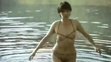 Фарида Муминова в прозрачном купальнике
