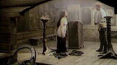 2. Александра Завьялова разделась – Тени исчезают в полдень