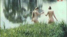 3. Голые девушки на берегу – Захочу – полюблю