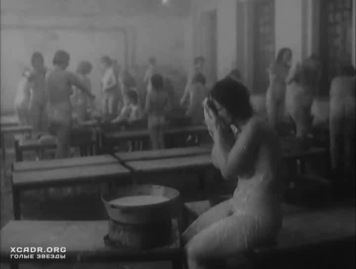 plyazhe-russkiy-seks-podsmotrenniy-zhenshini-sorok