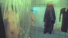 Евгения Добровольская в ванной