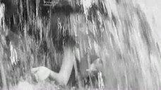 3. Обнаженная Любовь Румянцева у водопада – Альпийская баллада