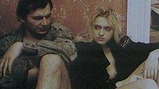 4. Голая грудь Екатерины Кмит – Охота на сутенера