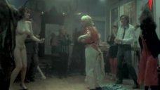 Наталья Романская танцует голой