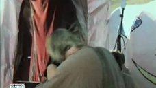1. Страстный поцелуй с Екатериной Стриженовой – Побег на край света