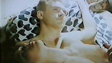 Голая грудь Инны Пиварс