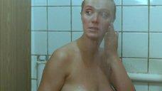 5. Общественный женский душ – Сукины дети