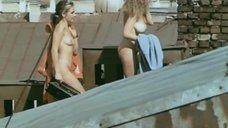 Шинед Кьюсак Загорает Голой – Ускользающая Красота (1996)