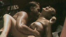 Секс с Оксаной Калибердой на катере