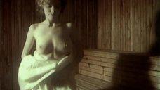 1. Мокрая и страстная Жанна Эппле – Заряженные смертью